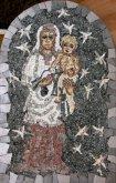 Mozaika Madona pod hvězdami